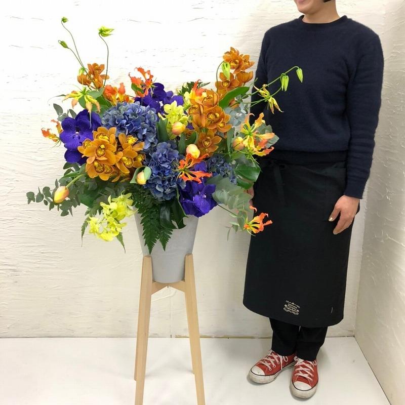 ヒノキスタンド花_401